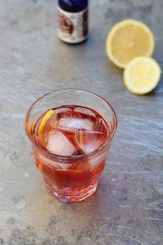 Rose Wine Spritzer | KingfieldKitchen #recipe #wine #drink #cocktail #rose #pink