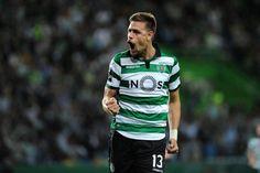 Sebastián Coates chegou, viu e afirmou-se como «patrão» da defesa do Sporting ao lado de Rúben Semedo. Cedido pelo Sunderland, o central uruguaio é uma das
