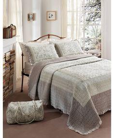 Karaca Home Patchwork Royal Yatak Örtüsü **279,90 TL** http://www.markoroma.com/U575,81,karaca-home-patchwork-royal-yatak-ortusu-yatak-ortusu-karaca-home-patchwork-royal.htm