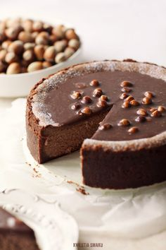 gianduia cheesecake with hazelnuts & milk chocOlate---normally I don't go for flavored cheesecake, but I'll make an exception for this!