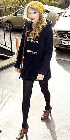 cute fall/winter outfit... and I love her heel oxfords