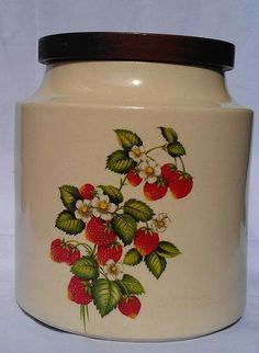 1970's Vintage Hyalyn Pottery Strawberry by HarmonyLifeClassics, $14.99