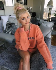 Clare K - Viral, Celebs , Humor, best website maybe Gray Instagram, Loren Gray, Grey Outfit, Grey Fashion, Celebs, Celebrities, Gorgeous Women, Beautiful, Cute Girls