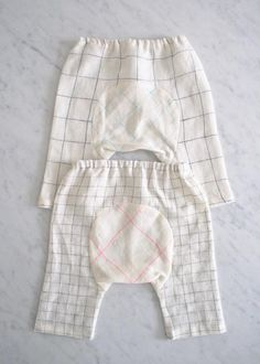 Free Baby Pants Pattern, (0 -3 mo, 3 - 6 mo, and 6 - 9 mo), shown in Linin Grid fabric, The Purl Bee