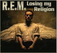 El 19 de febrero de 1991 se publica el single de la banda R.E.M llamado ''Losing My Religion'' en Estados Unidos. Es una canción de la banda estadounidense de rock alternativo R.E.M. Se lanzó como el primer sencillo de su álbum de 1991 Out of Time. Basada en un ostinato de mandolina, fue un éxito inesperado del grupo, debido a su amplia difusión a través de la radio y MTV por su video promocional, aclamado por la crítica. La canción fue el tema de R.E.M. en alcanzar la posición más alta en…