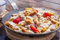 Vynikajúci cisársky trhanec s jahodami: Špecialita rakúskych kráľov, ktorá vám spraví deň sladším Macaroni And Cheese, Ethnic Recipes, Food, Mac And Cheese, Meal, Eten, Meals