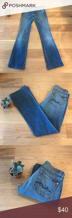 💲⬇️7 For All Mankind Bootcut Light Blue Jeans 7 For All Mankind Bootcut, light-colored jeans.  In very good condition. 7 For All Mankind Jeans Boot Cut
