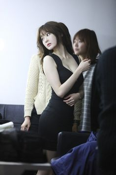 Davichis Minkyung flaunts her S-line at CF filming set ~ Latest K-pop News - K-pop News   Daily K Pop News