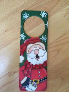 Picaporte Navidad Christmas Santa Christmas Signs, Christmas Art, Christmas Projects, Christmas Decorations, Christmas Ornaments, New Year's Crafts, Hobbies And Crafts, Holiday Crafts, Diy Crafts
