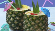 Woodworking Course Frozen Pina Colada in a Pineapple Cup: Why drink from a glass when you can drink from a pineapple cup? Try this update on a classic tropical treat. Party Drinks, Cocktail Drinks, Fun Drinks, Alcoholic Drinks, Cocktails, Drinks Alcohol, Beverages, Pineapple Cup, Pineapple Drinks