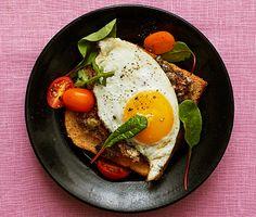 Recept: Parisare med stekt ägg