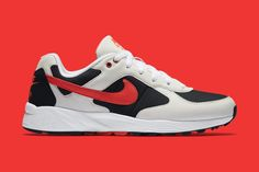 The Nike Air Icarus Is Back: Finally set for a return after 25 years. Nike Icarus, Nike Runners, Sneaker Magazine, Vans Sneakers, Clothes Horse, Sports Shoes, Nike Sportswear, Trainers, Air Jordans