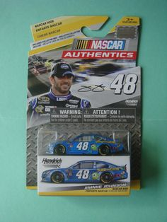 1/64 JIMMIE JOHNSON #48 MONSTERS UNIVERSITY NASCAR AUTHENTICS