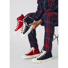 Kith And Kin, Jogger Shorts, Joggers, Vintage Crewneck, Men Store, Navy And Green, Exclusive Collection, Converse Chuck Taylor