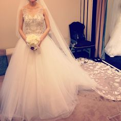 Kennethpool これはケネスのドレス❤️❤️やっぱりケネスはビージングがキレイ ふわふわのチュールも可愛かったな❤️ #プレ花嫁#柏juno#kennethpool#ケネスプール
