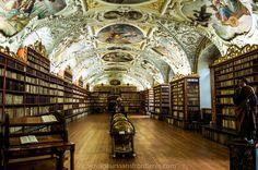 La Bibliothèque de Théologie du Monastère de Strahov - Prague, République Tchèque