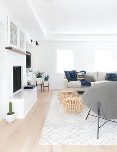 Minimalist Home Tips Simple Living cozy minimalist home living spaces.Minimalist Home Living Room Minimalism. Home And Living, Room Design, Interior Design, House Interior, Minimalist Living Room, Home, Interior, Living Decor, Minimalist Home