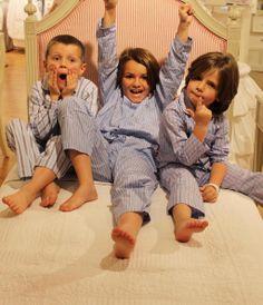 #MiniHarrods trio are back and causing some rather stylish havoc. #HarrodsofLondon http://www.harrods.com/brand/harrods-of-london?dept=6_children?cid=scm_tw_chdrnw_131113