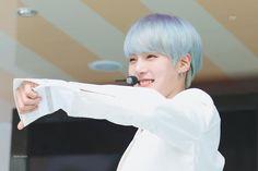 *☆°~Angels will fly to the moon~°☆* Monsta X Minhyuk, Lee Minhyuk, Jooheon, Hyungwon, Starship Entertainment, Kpop Groups, Bias Wrecker, Chef Jackets, Songs