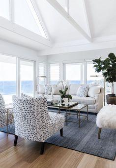 44 Stunning Beachy Farmhouse Living Room Decorating - Home Design Coastal Bedrooms, Coastal Living Rooms, Coastal Bedding, Hamptons Living Room, Living Room Furniture, Living Room Decor, Wood Furniture, Antique Furniture, Living Area