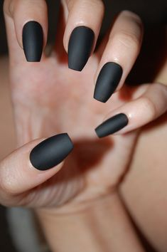 Black Coffin Nails [Matte or Glossy] *Set of 20* (+Color options!) False nails, Fake nails, Press on nails, Black nails, Coffin nails