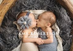 Amy Robertson Photography... OMG might be the sweetest picture I have ever seen!