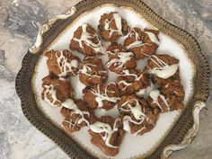Persimmon Cookies – Simple, Seasonal, and Deliciou…Edit description Persimmon Cookie Recipe, Persimmon Cookies, Persimmon Pudding, Easy Desserts, Delicious Desserts, Yummy Food, Yummy Treats, Sweet Treats