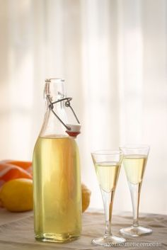 Limoncello Limoncello, Izu, Lemon Curd, Sweet And Salty, Carafe, White Wine, Vodka, Alcoholic Drinks, Food And Drink