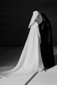 senyahearts: Fei Fei Sun & Xiao Wen Ju for Vogue China, December 2014 Photographed by: Tim Walker