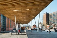 Stoke-on-Trent Bus Station by Grimshaw Architects Landscape Structure, Roof Structure, Shade Structure, Marquise, Canopy Architecture, Architecture Design, Facade Lighting, Bus Terminal, Canopy Design