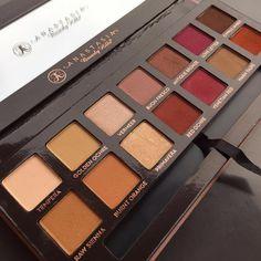 anastasia modern renaissance eyeshadow palette. perfect warm neutrals.