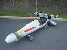 Wish you could fly with the rebels in an X-Wing of your own? These 6 X-Wing builds are sure to stoke your imagination. X Wing Fighter, Fighter Jets, Soap Box Derby Cars, Soap Box Cars, Soap Boxes, Star Wars Crafts, The Force Is Strong, Kids Ride On, Pedal Cars