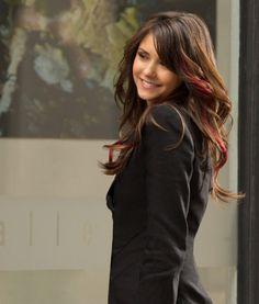 "Elena (Nina Dobrev) Pink Hair Streaks ""Because the Night""(Vampire Diaries)"