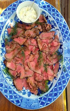 Over the years I must have tried ten different ways to cook a lovely fillet of beef, with results ranging from an incinerated log to a blood. Braai Recipes, Veal Recipes, Beef Fillet Recipes, Beef Rib Roast, Beef Ribs, How To Cook Lamb, Lamb Ribs, Christmas Lunch