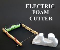 """How to Make Electric Foam Cutter: In today's world, """"styrofoam"""" is a widely used product in DIY projects and products. In earlier days, styrofoam was cut with a stationary knife that used to produce l Pot Mason Diy, Mason Jar Crafts, Mason Jars, Train Miniature, Foam Cutter, Craft Projects, Projects To Try, Craft Ideas, Wie Macht Man"""