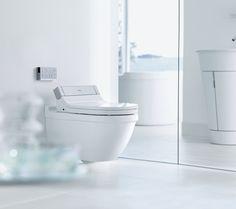 On aime ce produit parce qu'il combine une toilette avec un bidet 'intelligent'. ce model par Duravit _ Sensowash http://www.sensowash.com/sensowash/bathroom/main_navigation/products/products_virtual.en.html?product=568064=6001=0