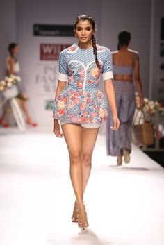 Quirky shirt paired up with shorts by Hemant & Nandita #wifw #ss14 #fdci #fashion #trends #infashion #fashionweek #hemantnandita #hemantnanditadesignerduo #quirky