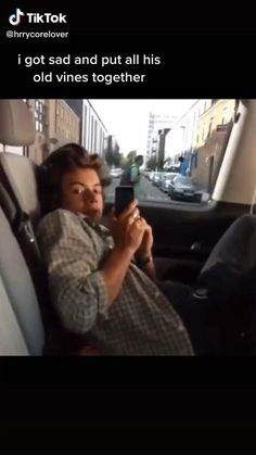 One Direction Videos, One Direction Humor, One Direction Pictures, I Love One Direction, Harry Styles Smile, Harry Styles Funny, Harry Styles Pictures, Harry Styles Poster, Harry Edward Styles