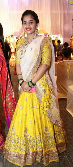 26 Top Ideas for wedding dresses indian fusion crop tops Half Saree Lehenga, Lehenga Style, Bridal Lehenga, Half Saree Designs, Blouse Designs, Dress Designs, Mermaid Dresses, Flower Girl Dresses, Lehenga Color Combinations