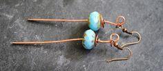 Boucles d'oreilles martelées  cuivre martelé perle turquoise