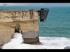 La casa che sfida le leggi della fisica. Avresti il coraggio di viverci dentro? - Video ITALIA 24