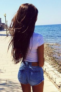 |Love the high waisted shorts with cute plain white crop top.