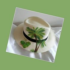 Hobbies And Crafts, Diy And Crafts, Painted Hats, Hat Decoration, Boho Hat, Baseball Pictures, Diy Hat, Pant Shirt, Holiday Wishes