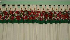 Cortinas navideñas para decorar Diy Christmas Ornaments, Christmas Time, Christmas Decorations, Xmas, Holiday Decor, Curtain Designs, Diy Curtains, Holidays And Events, Crafts To Sell