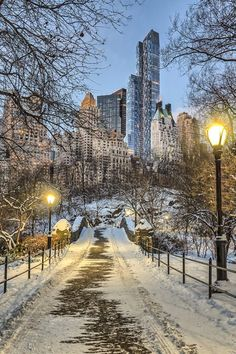Central Park in December, - Central Park in December, You are in the right place about New York snow Here we offer you th - Places To Travel, Places To See, New York Weihnachten, Ville New York, A New York Minute, Central Park Nyc, New York Christmas, New York City Travel, Winter Scenery