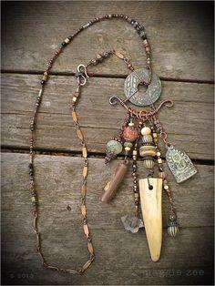 Collar chino bronce moneda amuleto chamán por maggiezees en Etsy