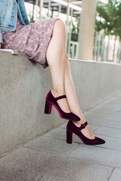 velvet shoes are the must-have shoe for fall / this wine color is especially trendy