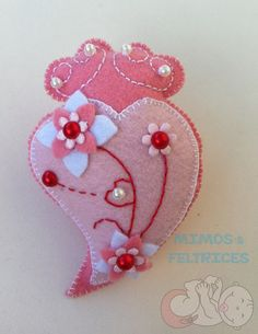 day gifts girl is the history of valentines day valentines day day stories for friends on valentines day day nail design day gifts diy designs valentines day Valentines Day History, Valentines Day Funny, Valentine Day Gifts, Walmart Valentines, Felt Hearts, Felt Ornaments, Fabric Dolls, Nail Designer, Pin Cushions