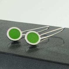 Green polka dot earrings Handmade Sterling Silver, Sterling Silver Earrings, Silver Jewelry, Polka Dot Earrings, Green Earrings, Contemporary Jewellery, Green Colors, Resin, Polka Dots