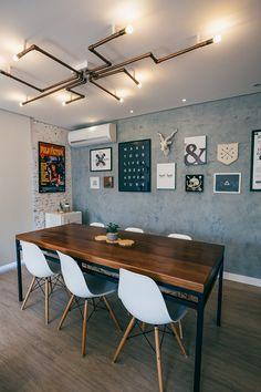E essa luminária de canos? Industrial Interior Design, Office Interior Design, Industrial Interiors, Deco Restaurant, Living Room Lighting, Furniture Design, Sweet Home, Room Decor, House Design